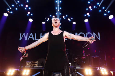 Nicholas Petricca of Walk the Moon performs onstage during KROQ Almost Acoustic Christmas 2017