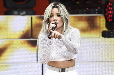 "In this June 1, 2018 file photo, singer Halsey performs on ABC's ""Good Morning America"" in New York. Halsey has been added as a headliner to the 2018 Billboard Hot 100 Music Festival. The two-day event takes place Aug. 18-19 at Northwell Health at Jones B"