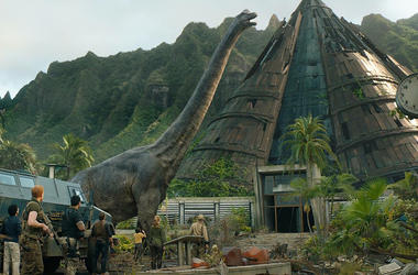 Bryce Dallas Howard, Ted Levine, Chris Pratt, Daniella Pineda, Justice Smith, Sam Bass, Conlan Casal, and Jake Kearney in 'Jurassic World: Fallen Kingdom' (Photo credit: Universal Pictures)