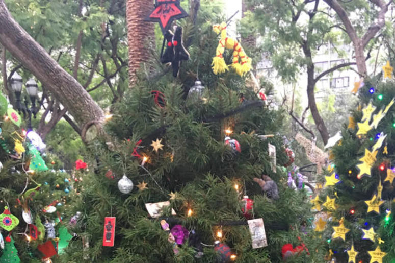Satanic Group Complains About Theft Of Christmas Tree Decorations ...