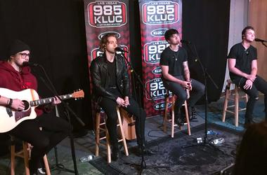 5 Seconds of Summer at 98.5 KLUC