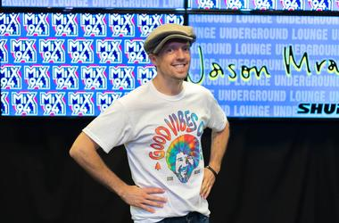 Jason Mraz in Mix 94.1 Underground Lounge