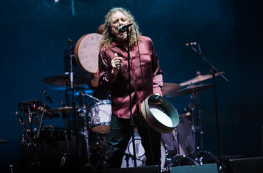 Robert Plant performs during 2015 Lollapalooza Brazil