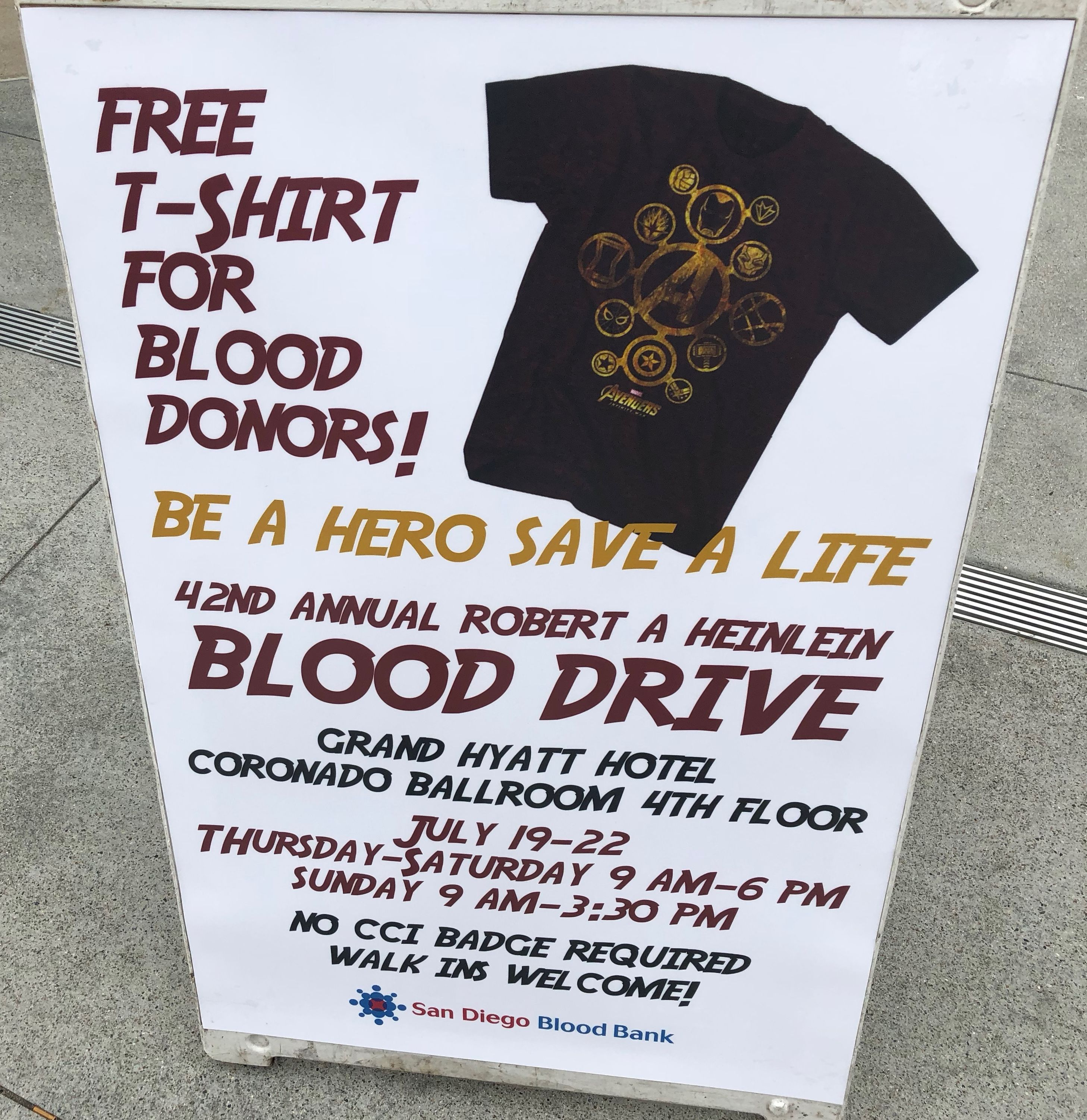 Comic Con Freebie Give Blood Score An Exclusive Marvel Avengers T