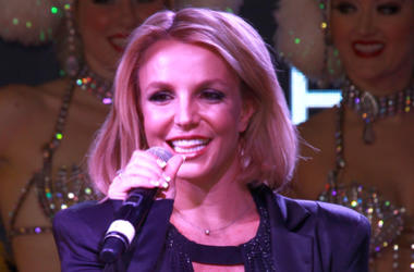 "Britney Spears Sings ""Your Song"""