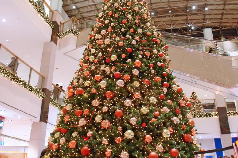 when should stores start decorating for christmas - When To Start Decorating For Christmas