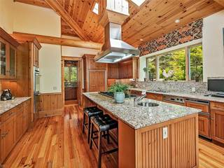 Listing Image 25 for 950 LAKESHORE VIEW Court, Incline Village, NV 89451