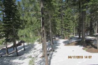 Listing Image 8 for 1431 Skyline Drive, South Lake Tahoe, CA 96150