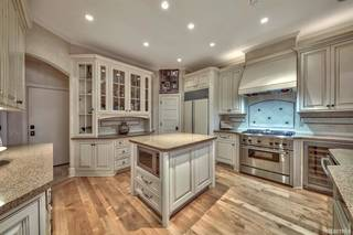 Listing Image 12 for 548 Lucerne Way, South Lake Tahoe, CA 96150