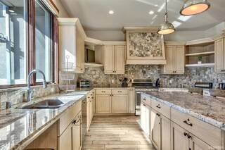 Listing Image 10 for 296 Beach Drive, South Lake Tahoe, CA 96150
