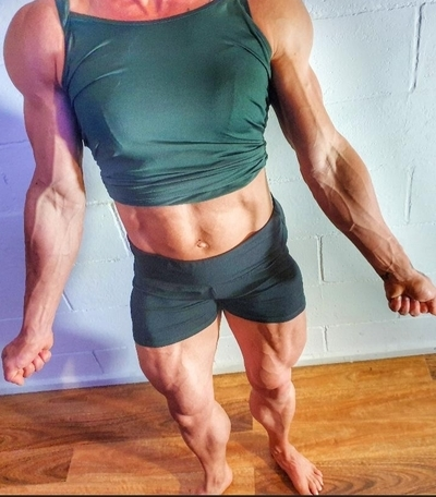 Muscle queen