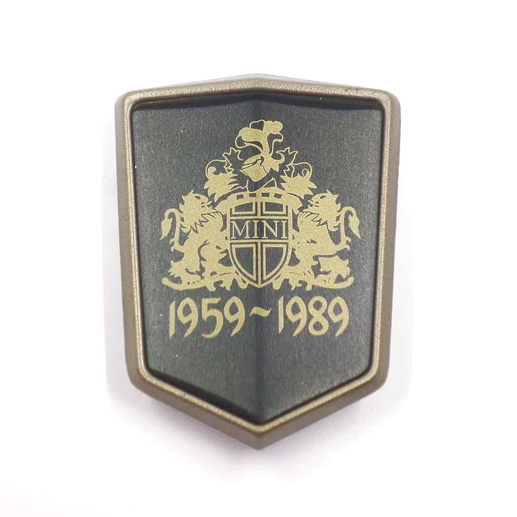 "Bonnet Badge, ""Mini Thirty"""