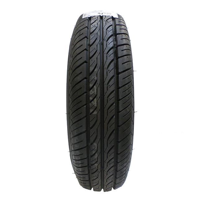 SWT0156 tread pattern