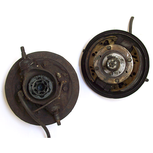 Twin Leading Drum Brake Assembly  Used  Sevu0032