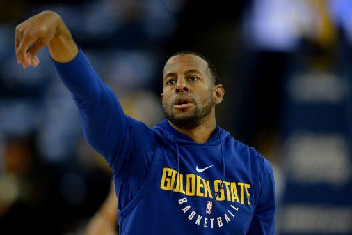 Jordan Bell lifts Warriors to 11th-straight win 35