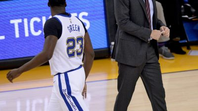 Jordan Bell lifts Warriors to 11th-straight win 19