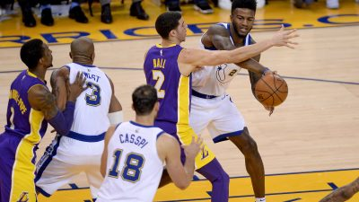 Jordan Bell lifts Warriors to 11th-straight win 15