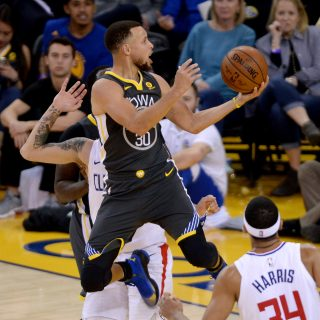 McGee starts, Curry erupts, Warriors regain posture
