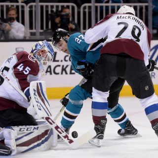 Sharks survive Avs, hold slim edge on playoff home ice