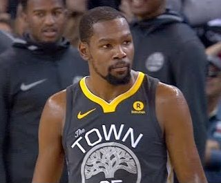 Durant torches Pelicans, turnovers crush Warriors