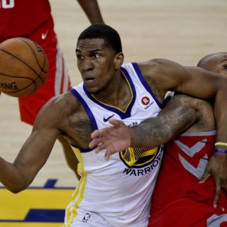 After stellar playoffs, Looney now focused on free agency