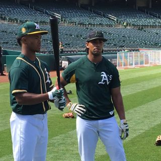 A's unveil No. 9 pick, dual-sport star Kyler Murray