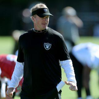 Jon Gruden brings energy, 'old football' back to Raiders