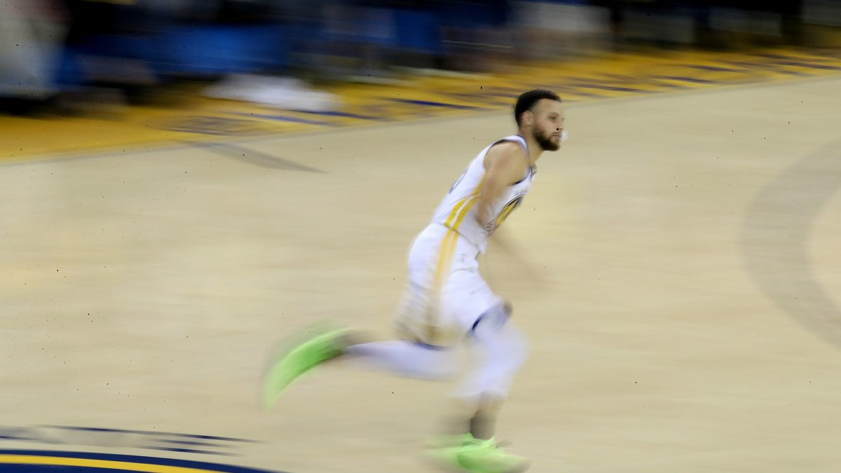 18d2fc73a3e7 Golden State Warriors guard Stephen Curry (30) runs onto the court as the  Houston Rockets face the Golden State Warriors in Game 5 of the NBA Western  ...