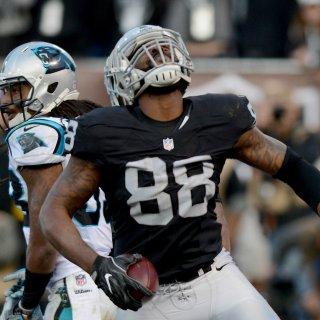 Raiders roar past Panthers behind 4th-quarter heroics
