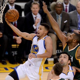 Warriors thump Jazz in yet another Oracle blowout