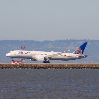 United's unfriendly skies prompt response from SF supe