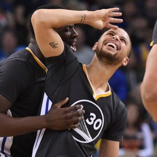 Steph Curry snaps out of funk against old foe