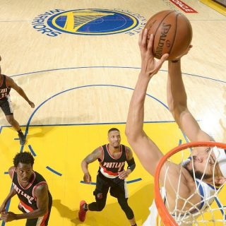Dubs 'McBench' blazes Portland in Game 2