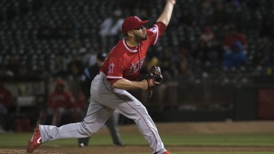 Los Angeles Angels of Anaheim v Oakland Athletics