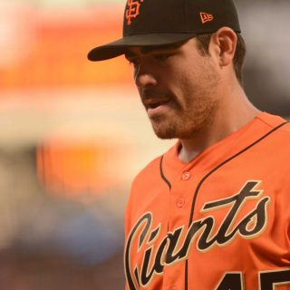 Marlins jump on Moore, sink Giants early