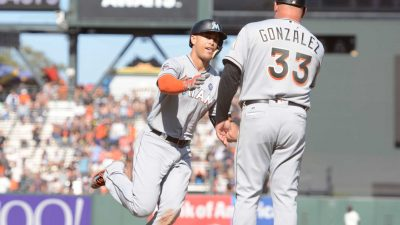 Marlins-vs-Giants_50