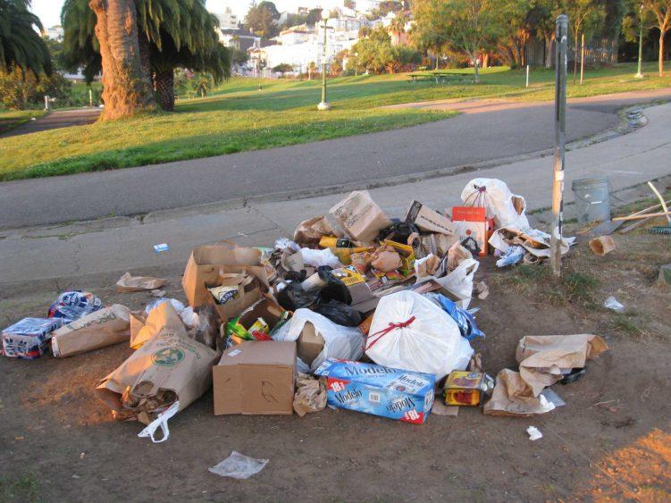 Dolores Park trash