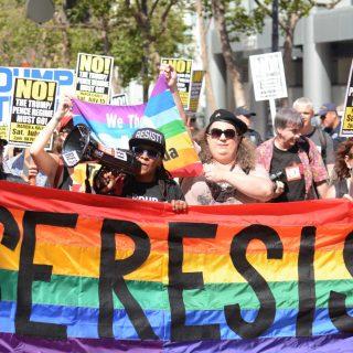 San Francisco marchers call for Trump impeachment