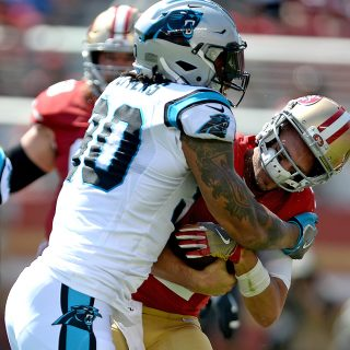 Sloppy 49ers shoved around in Week 1 rout
