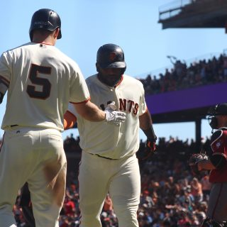Stratton sidesteps sweep, leads Giants past Arizona