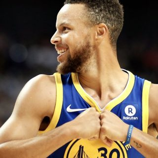 Warriors return to form in blowout of Clippers