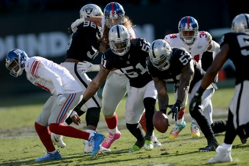 Raiders survive Giants, rise to top of AFC West 60
