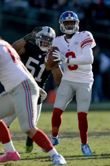 Raiders survive Giants, rise to top of AFC West 29
