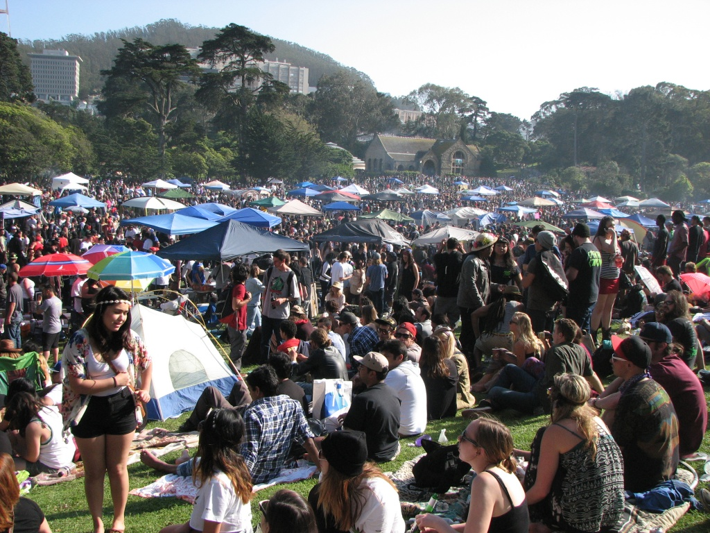 The scene at the 420 Hippie Hill celebration at Golden Gate Park in 2017. | Photo: David Downs