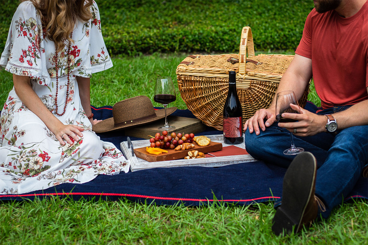 picnic, picnic wineries, California picnic wineries, the best places for a picnic at a winery, best wineries for a picnic in California, best wineries for a picnic, where to picnic and drink wine, Sonoma County wine, California wine, California Wineries, The Press