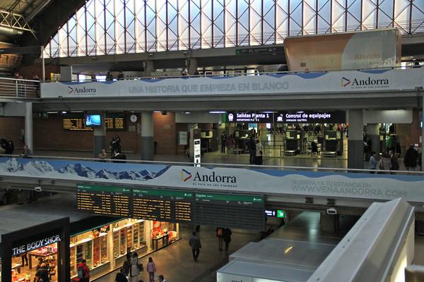 Renfe train madrid to sevilla sfo777 for Hotel calle sevilla madrid