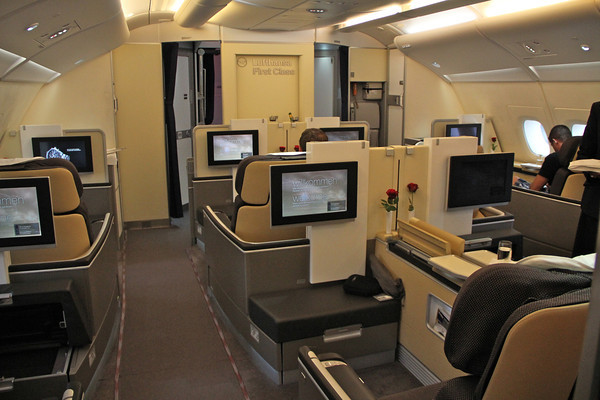 lufthansa a380 first class to houston sfo777. Black Bedroom Furniture Sets. Home Design Ideas