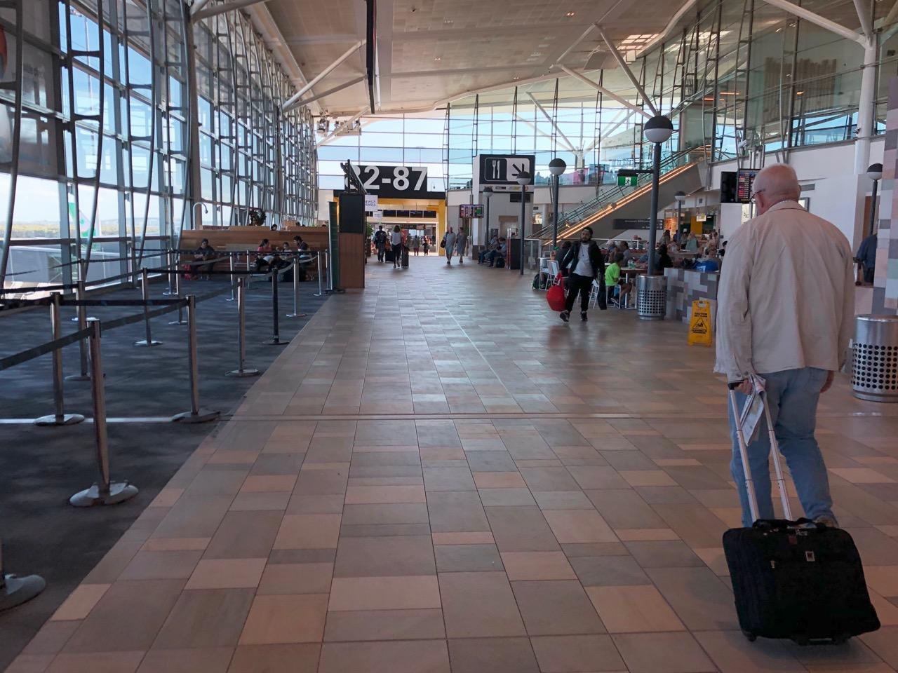 Qantas 789 Brisbane to LAX | SFO777