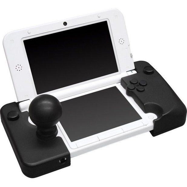 cyber gadget introduces fighting peripheral for nintendo