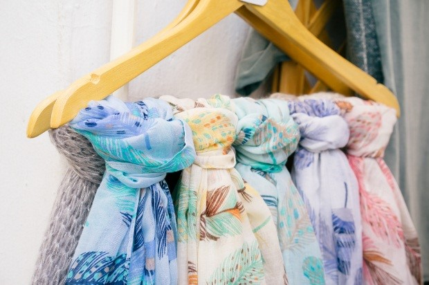 Scarves & Sarongs on Hanger